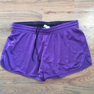 NIKE Purple Women's Running Athletic Shorts M